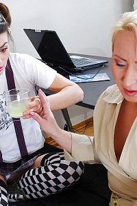 Wicked Mom Doctor Gives Double-toy Lesbian Therapy For A Mouth-watering Teen Gal
